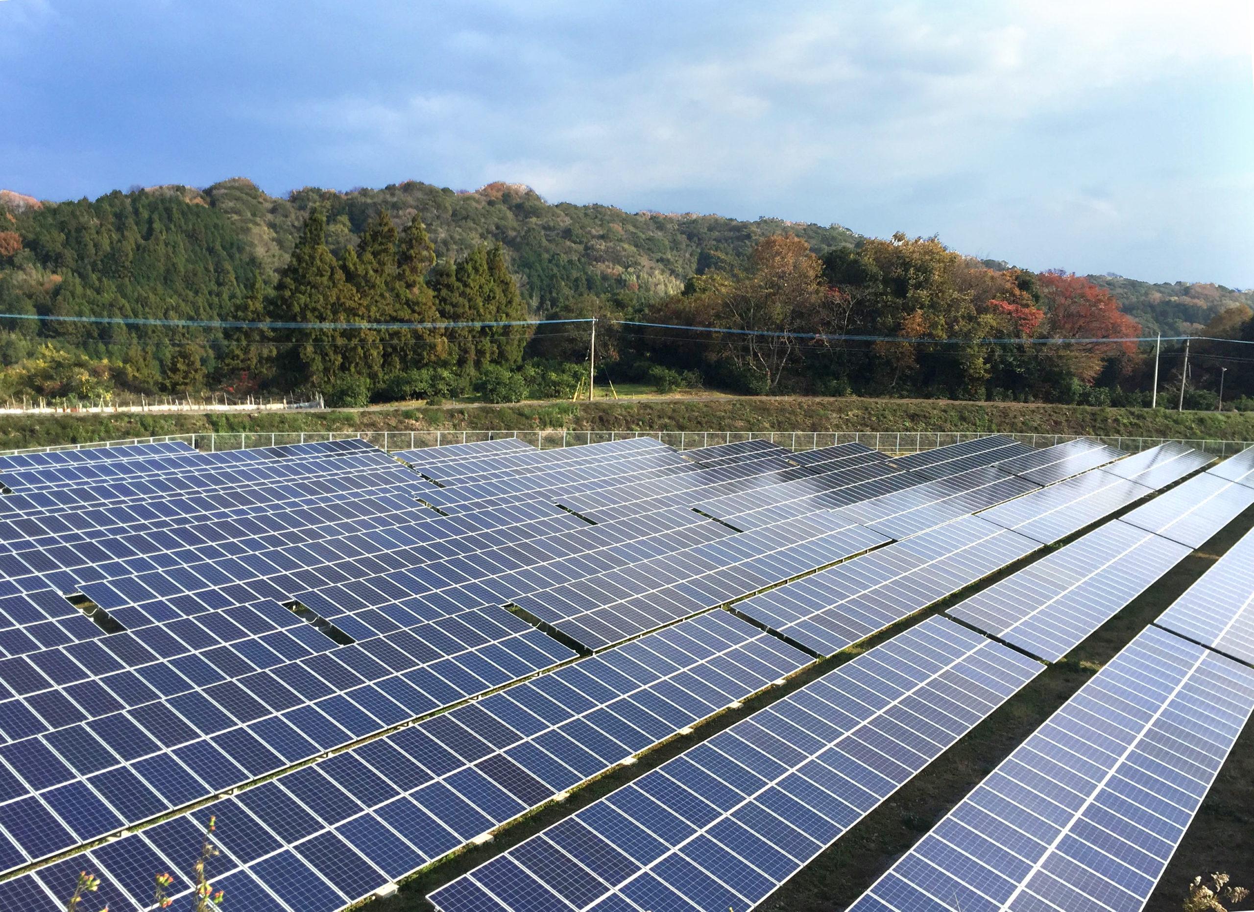 国東(くにさき)第⼆⾃然電⼒ 太陽光発電所